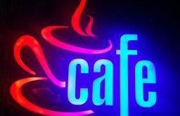 Hỏi đơn vị làm bảng hiệu Led quảng cáo cho quán cafe?